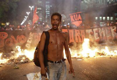 Rio-de-Janeyro hökumətdən hərbçilərin qalmasını tələb edir Cinayətkarlıqla mübarizə