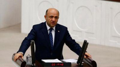 Глава Минобороны Турции прибудет в Баку