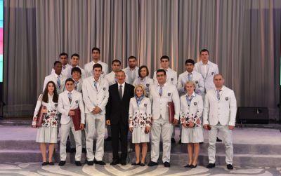 Prezident olimpiyaçılarla görüşüb
