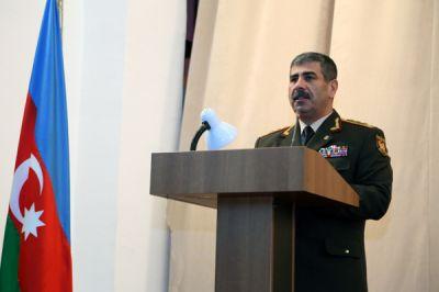 """Министр обороны: """"Мы не допустим, чтобы на наших землях было создано второе армянское государство"""""""