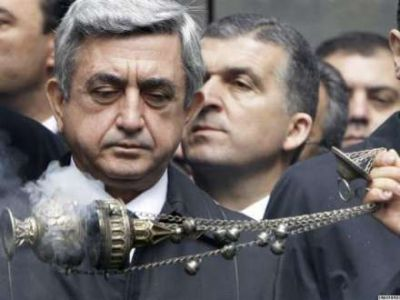 """Erməni deputat: """"Sarkisyanın iqamətgahını tutacağıq"""""""