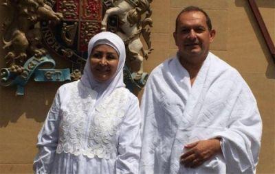 İngilis səfiri islam dinini qəbul edərək hacı oldu