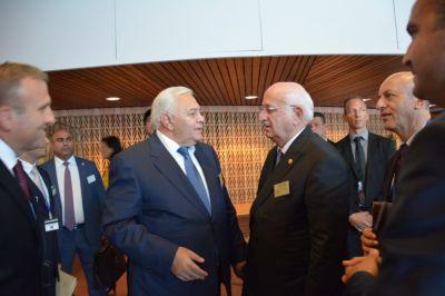 Oqtay Əsədov parlament sədrləri ilə görüşüb
