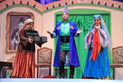"""Musiqili Teatr 107-ci mövsümə """"O olmasın, bu olsun""""la başladı FOTOLAR"""