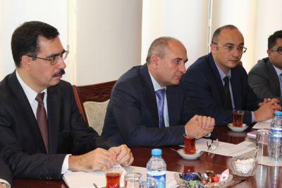 Komitə sədri UNİCEF-in Azərbaycan Nümayəndəliyinin yeni rəhbəri ilə görüşüb