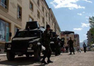 PKK Vanda Jandarm Komandanlığına hücum edib