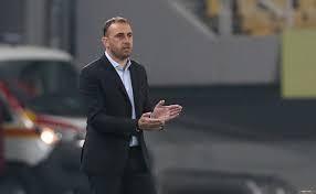 Bolqarıstan millisinin baş məşqçisi istefa verib