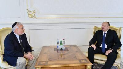 Ильхам Алиев: «В то время, как в мире увеличивается число войн, Азербайджан успешно развивается»