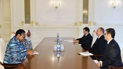 Ильхам Алиев принял комиссара Африканского союза и ректора МГИМО