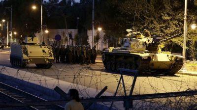 Число арестованных в связи с попыткой переворота в Турции достигло 32 тысяч perevorot