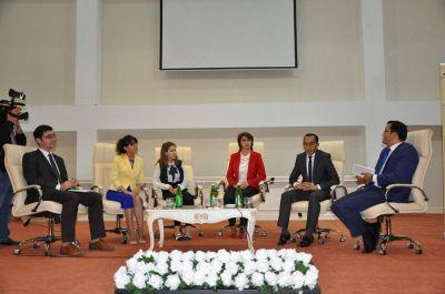 """""""Azərbaycan gəncliyi üçün tolerantlıq nədir?"""" FOTOLAR"""