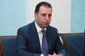 Sarkisyan yeni müdafiə naziri təyin edib