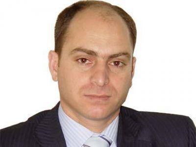 """Elşad Paşasoy: """"Arif Hacılı başqanlıqdan əl çəkən deyil""""  AÇIQLAMA!"""