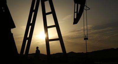 Amerikanın həftəlik neft ehtiyatları 0,6 faiz azalıb