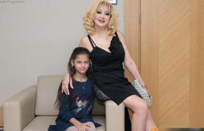Məleykə qızı ilə konsertdə  FOTOLAR