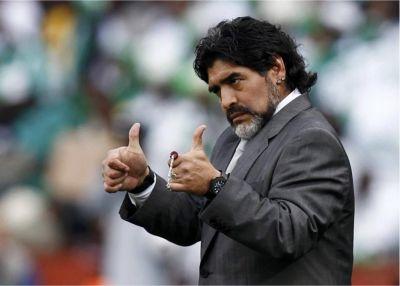 Maradonadan dəstək gəldi