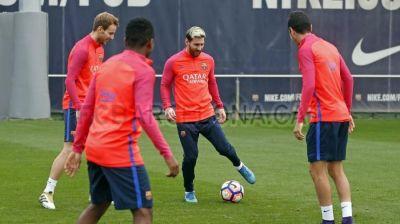 Lionel Messi ağır zədədən sonra məşqlərə başlayıb