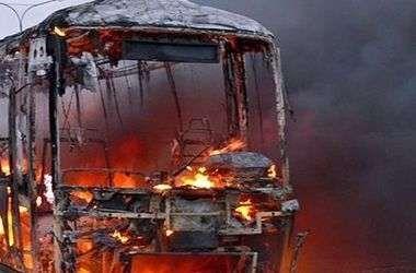 Cənubi Koreyada avtobus yandı, 9 nəfər öldü