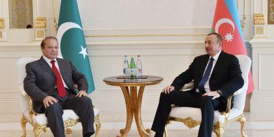 Наваз Шариф Ильхаму Алиеву: «Совершить визит в вашу страну честь для нас»