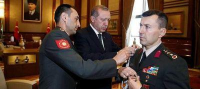 Ərdoğanın FETÖ üzvü olmuş hərbi müşaviri haqqında ŞOK FAKTLAR