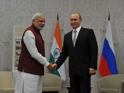 Rusiya hindlilərlə 1 milyard dollarlıq saziş imzalayıb
