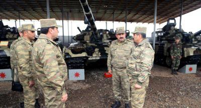 Министр обороны дал указание в связи с переводом вооружения и военной техники на зимний режим эксплуатации