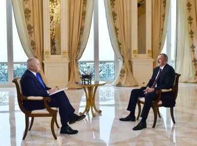 """Azərbaycan Prezidenti """"Sputnik"""" BİA-nın suallarını cavablandırıb"""