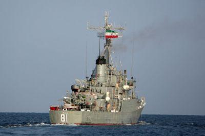 Корабли ВМС Ирана не могут пришвартоваться в Бакинском порту из-за плохой погоды
