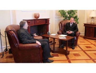 İsfəndiyar Vahabzadənin diplomatik missiyası başa çatır