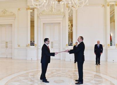 Президент Азербайджана принял верительные грамоты посла Турции
