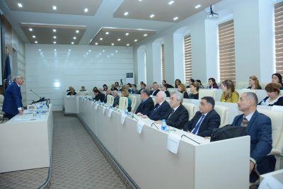 «Месячник науки» служит тому, чтобы превратить UNEC в университет научно-исследовательского профиля