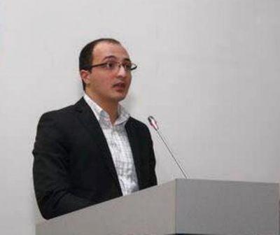 """Политолог: """"Азербайджан не хочет раздражать ни Запад, ни Россию"""""""