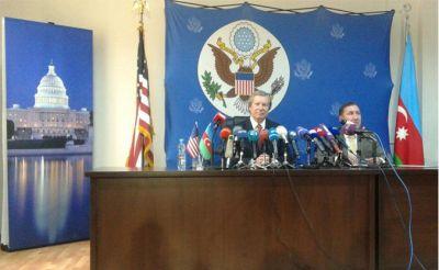 Уорлик: Ильхам Алиев выразил готовность встретиться с Саргсяном