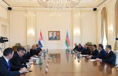 Состоялась встреча глав Азербайджана и Хорватии в расширенном составе