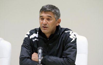 """""""Neftçi""""nin baş məşqçisi: """"Ola bilsin ki, klubdan qovulsun"""""""