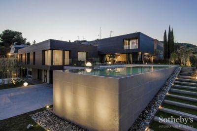 Arda Turanın 15 milyonluq villası FOTOLAR