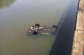 """""""Niva"""" avtomobil kanala aşdı, iki nəfər boğularaq öldü"""