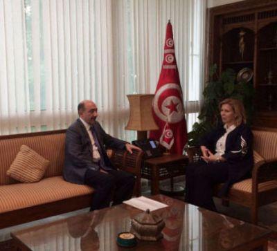 Əbülfəs Qarayev Tunisin turizm və əl işləri naziri ilə görüşüb