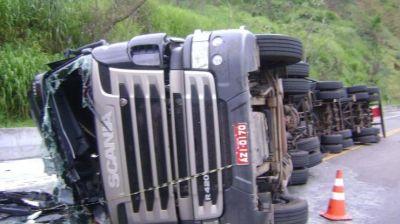 Braziliyada ağır yol qəzası: 20 nəfər öldü, 10 nəfər yaralandı