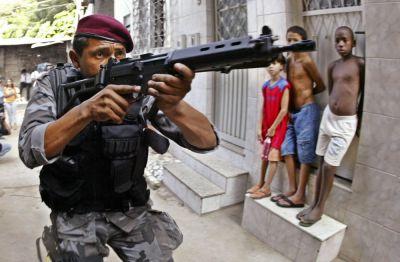 Rio-da zirehli avtomobillərə tələbat artıb