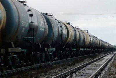 Первая партия азербайджанской нефти доставлена в Беларусь