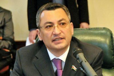 """Deputat """"siyasi məhbus"""" terminini isifadə edənləri  QINADI"""