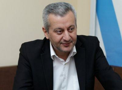 Qərb Universitetinin məzunu mükafatlandırıldı    QƏRB-25