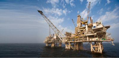 На Каспии пропал азербайджанский нефтяник