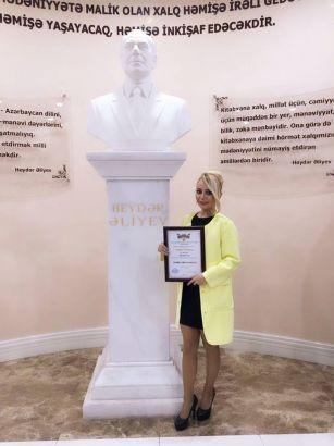 Azərbaycanlı aparıcı diploma layiq görülüb FOTO