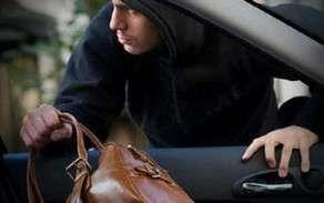 Bakıda taksi sürücüsünü soydular...