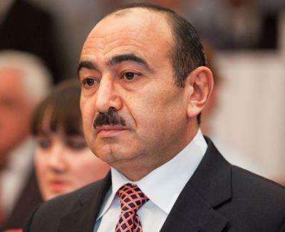 """""""Gənclərimiz bütün sahələrdə ölkəmizi təmsil etməyə hazırdır"""" Əli Həsənov"""