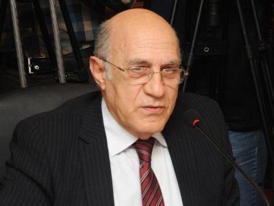 """Политолог: """"Конституционные изменения"""" в Армении являются вздором"""