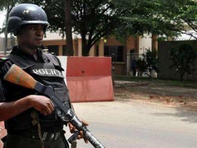 Nigeriyada polislə toqquşmada azı 10 nəfər həlak olub