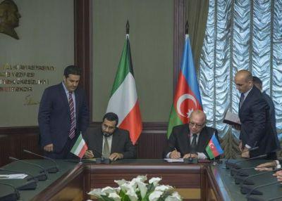 Азербайджан и Кувейт подписали межправсоглашение о воздушном сообщении Фотографии